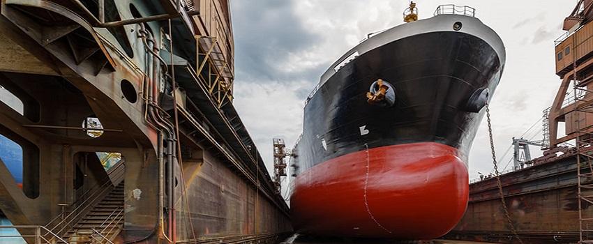 Ngành công nghiệp đóng tàu rất cần các máy lốc tôn