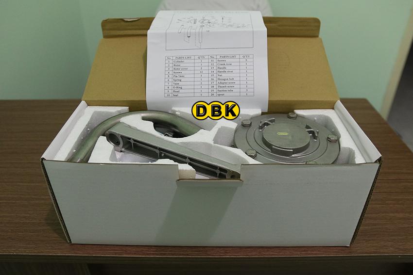 bơm quay tay dầu nhớt RP-8804