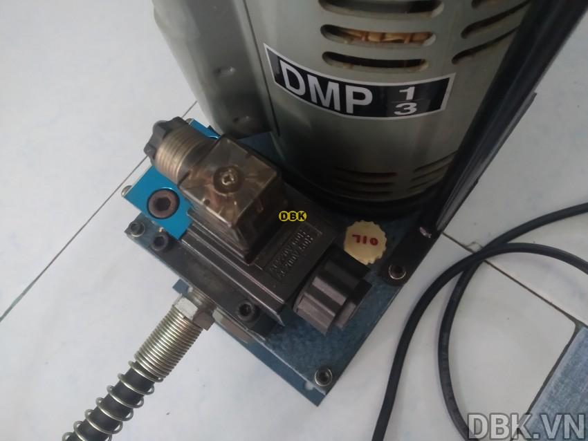 bom-dien-thuy-luc-3-5-lit-tonners-dmp-1-3-3.jpg