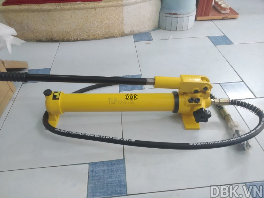 cao-thuy-luc-bom-roi-10-tan-do-mo-max-250-mm-tlp-hhl-10f-with-hand-pump-hhb-700-3.jpg