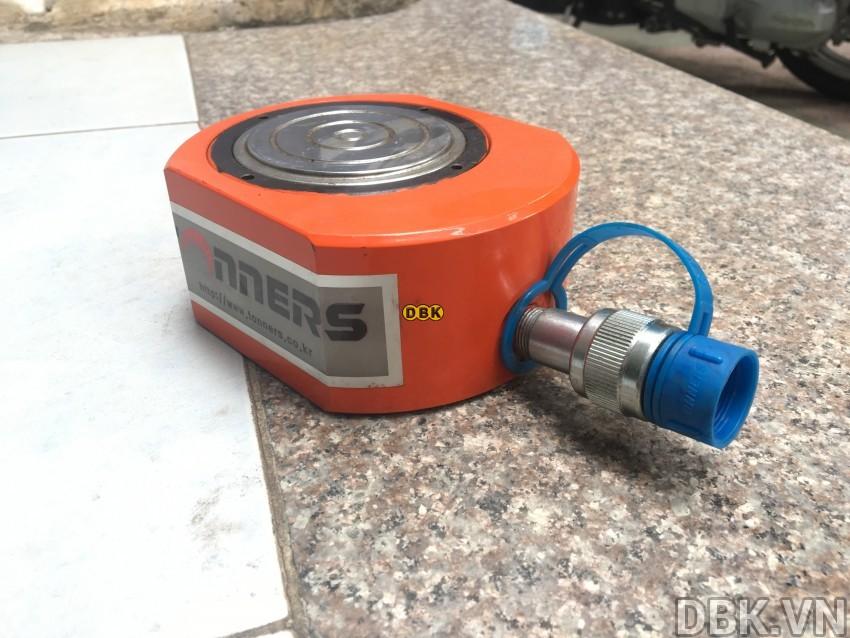 Kích thủy lực lùn 50 tấn,/p</p></p> 15mm TONNERS DJSR-5015