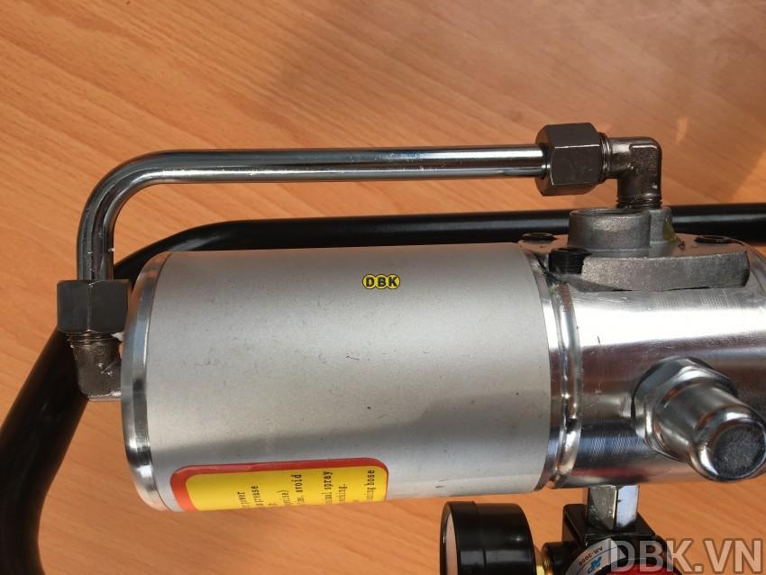 may-bom-mo-bang-khi-nen-12l-dbk-608-3.jpeg