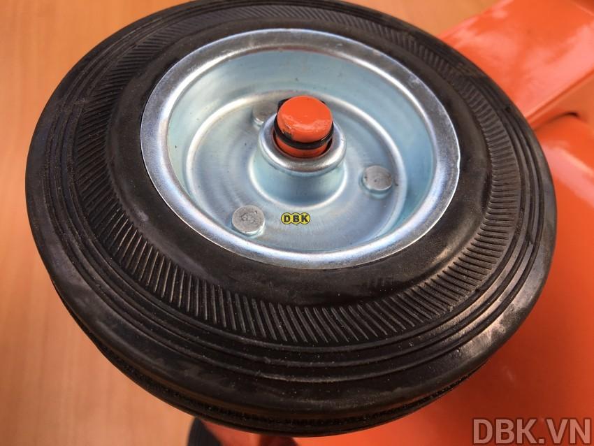 may-bom-mo-bang-khi-nen-12l-dbk-608-4.jpeg