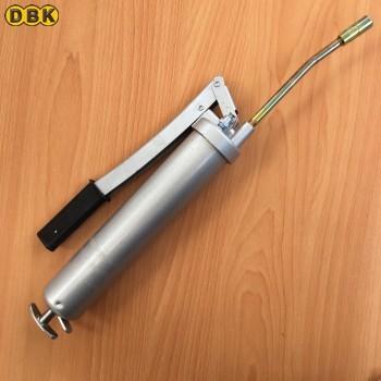 Máy bơm mỡ cầm tay 400cc DBK-839